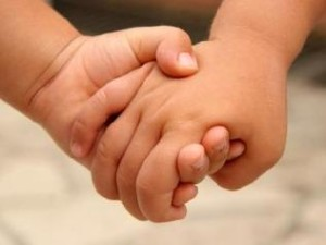 children-holding-hands